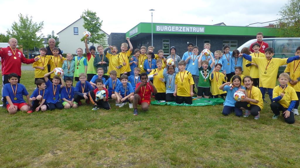 Pokal für die Grundschule am Paulsberg!