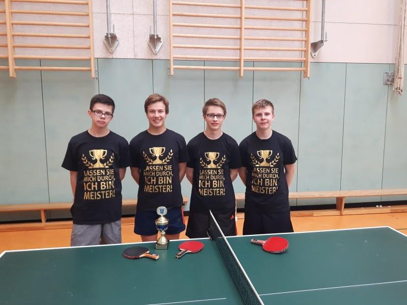 Meisterfoto Jungen-Mannschaft 2015/2016 v.links. L. Gimpel, P. Pawlowitz, L. Delventhal, J. Wuckert