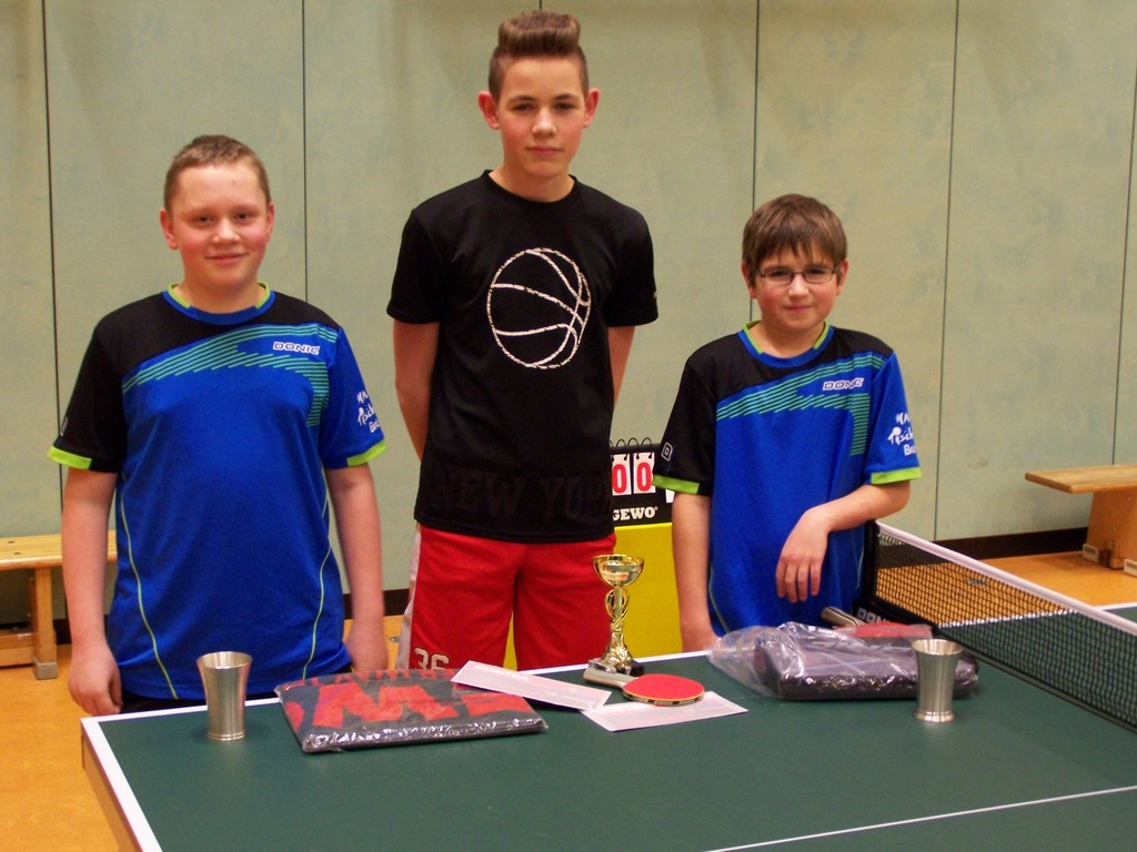 Jugend B Vereinsmeister 2015: v.L. Yorick Martens (2.), Vincent Jüttner (1.), Henk-Ole Schoknecht (3.)